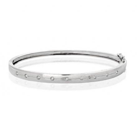 9K White Gold 0.15ct Diamond Bangle, J1096